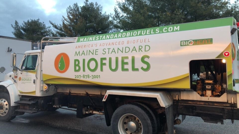 """Biodiesel-Powered Vehicles """"Wrapped"""" Just in Time for Christmas"""